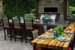 Outdoor Kitchens: Garden to Table